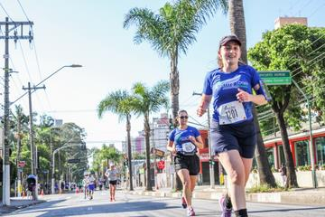 Blue Tree Running 5 Miles 2017 - Santo André